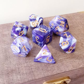 Purple and white marble effect dungeons and dragons polyhedral dice set
