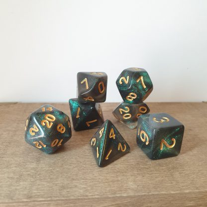 Swift Quiver green iridescent glitter polyhedral dungeons and dragons dice set